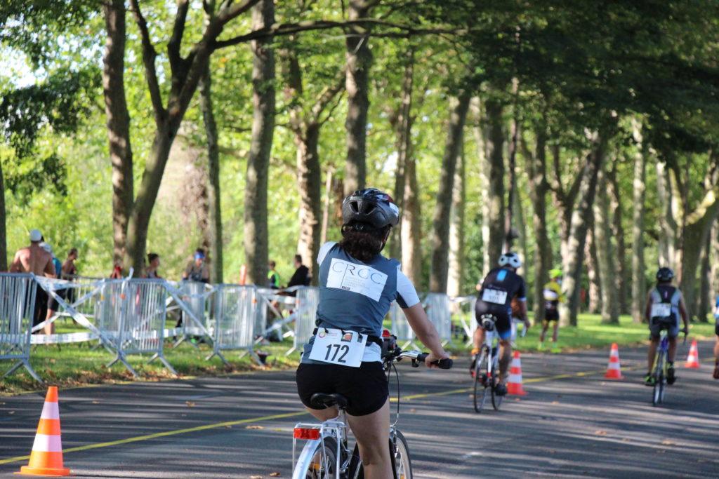 Vélo - Louise en piste